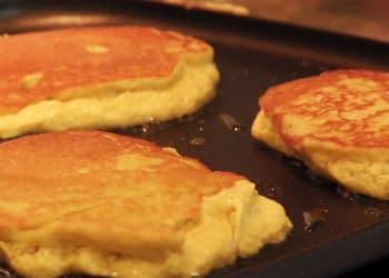 ʻUlu and Banana Pancakes